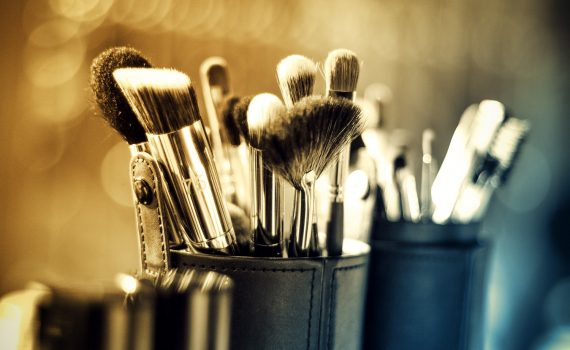 / maquillaje y estética /